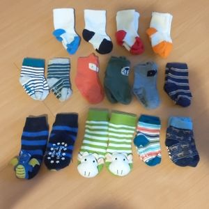 3-12 month sock bundle